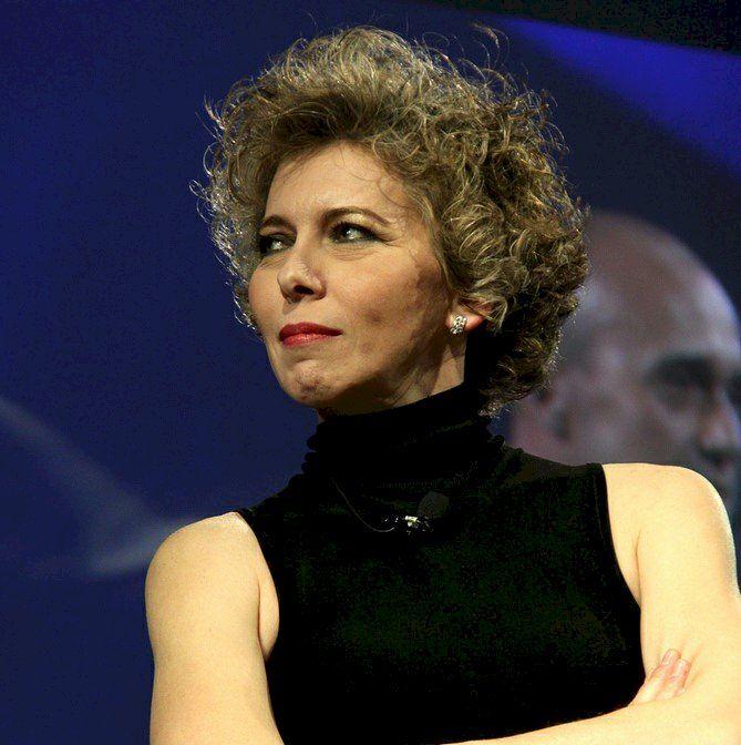 Irene Pivetti, le sue mascherine anche a Torre del Greco