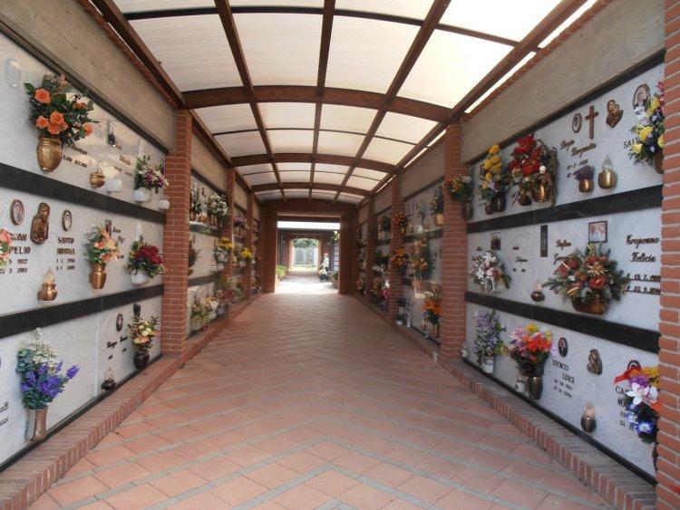 Cimiteri, la questione delle lampade costi diversi in Italia