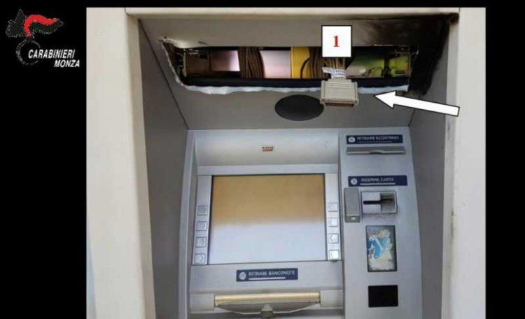 Governo guerra alle banconote aumenta le tasse sui prelievi bancomat
