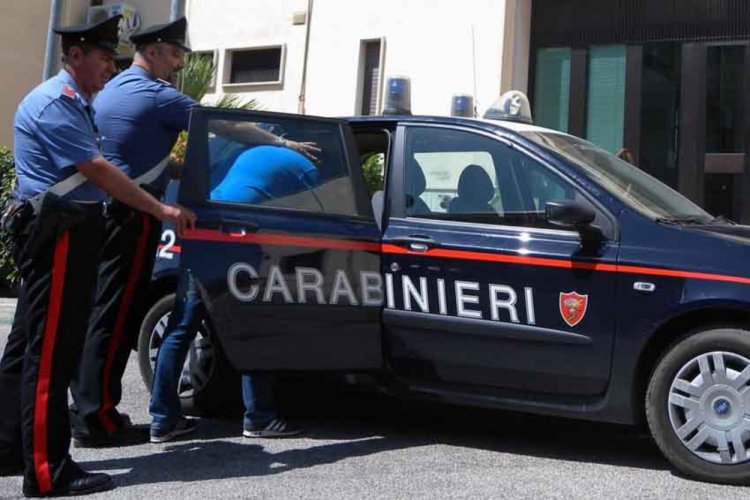 Genova, donna morta, arrestato un santone e un medico