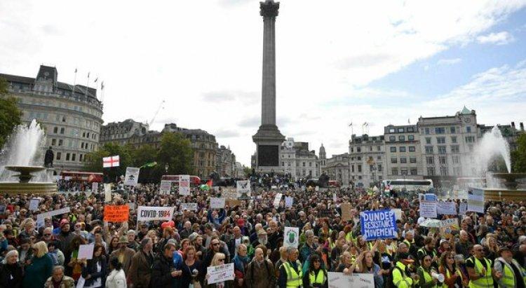 Marce anti-lockdown in Europa: non siamo in una dittatura