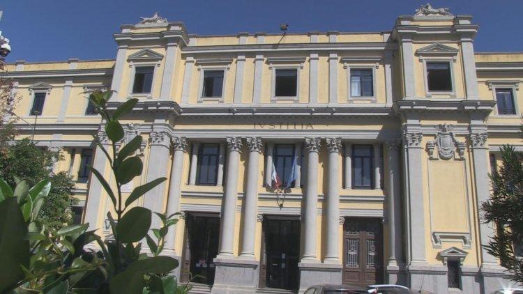 'Ndrangheta, un uomo ucciso davanti al figlio di 6 anni