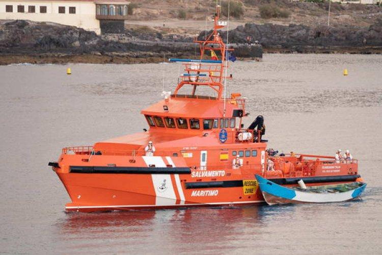 Migranti, nuova tragedia al largo delle Canarie:  barca con 24 cadaveri