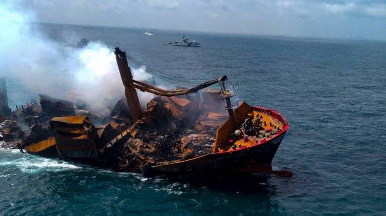 Disastro ambientale in Sri Lanka, affonda una nave carica di sostanze chimiche.