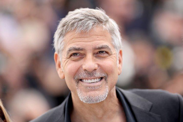 Cassazione e privacy: George Clooney paparazzato va risarcito perché la sua immagine vale milioni